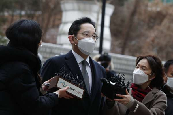 300字讀電子報》掌門人李在鎔又被關!「所有權力都集於一人之身」的韓國三星,將陷大混亂?