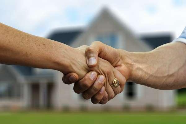 建商落跑、仲介詐欺怎麼辦?不看會後悔,買房你一定要懂的「履約保證」眉角
