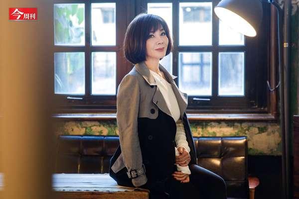 64歲台灣最美歐巴桑陳美鳳「掙到富裕」,人生比她演過的八點檔還精采