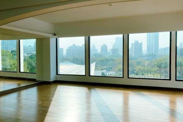 首度開箱練團室 高雄市青年局提供學生免費練舞、練團空間