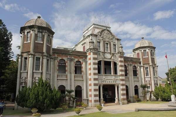廖忠俊觀點:見證辜家風采傳奇的鹿港民俗文物館曁新舞台