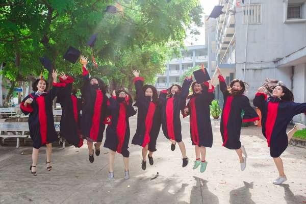 新鮮人求職超前部署!人力銀行:大學應屆畢業生近半數已起跑求職