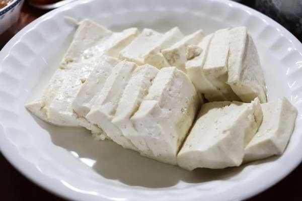 豆腐百百種,到底哪種才是真正的減肥聖品?日本醫師公布正解,快速燃脂還能抗老化