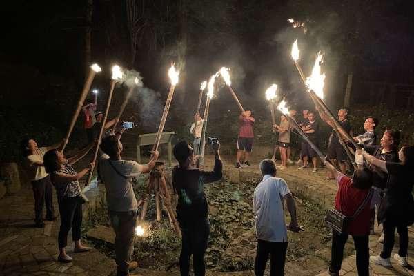 阿里山茶山村天神取火 手持火把體驗原民文化