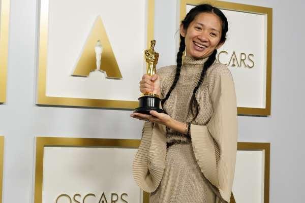 300字讀電子報》「中國到處是謊言!」2013年的一句話,金獎導演趙婷,從民族英雄到黑名單