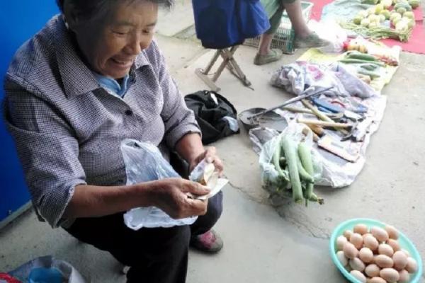王建煊專文:世上只有媽媽好