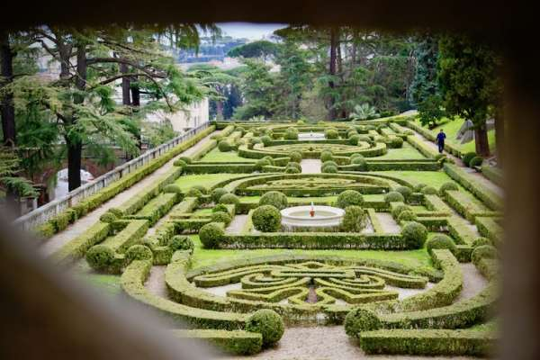 走訪梵蒂岡城國花園:全球面積最小國家的昨日、今日和明日