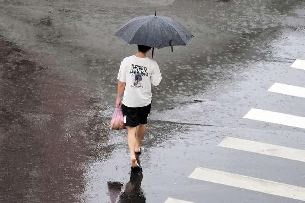 冷鋒面、東北季風增強!全台降雨範圍將擴大,氣象專家:這3天氣溫下探18度