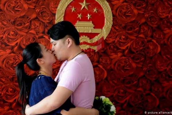 兩岸真能「一家親」嗎?兩岸伴侶看大S與汪小菲離婚:少談政治,保持開放心胸