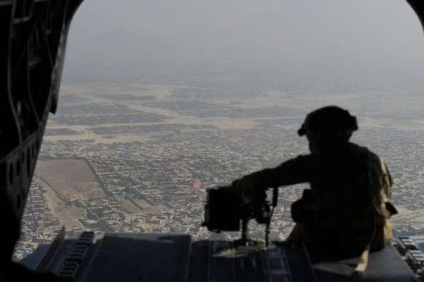 反恐戰爭20年:小布希揮軍中東七千天後,大規模軍事干預還走的下去嗎?