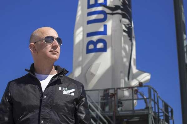 【線上直播】就在今晚!全球首富貝佐斯偕胞弟飛往太空,這趟飛行將創世界紀錄