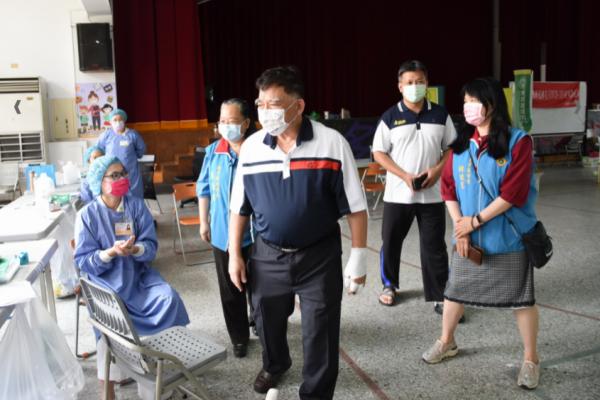 投縣內國小教職員疫苗開打 20日起連續3天分區接種