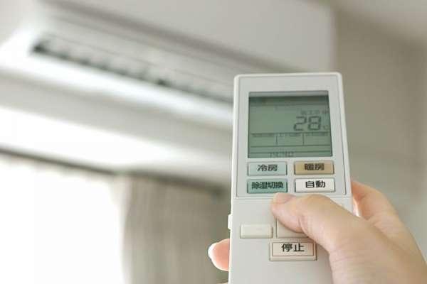 開冷氣和除濕哪個比較省電?專家實測公布正解,這模式反而耗電2倍