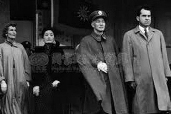 真實的蔣介石(1):蘇聯曾想利用台灣推翻毛澤東