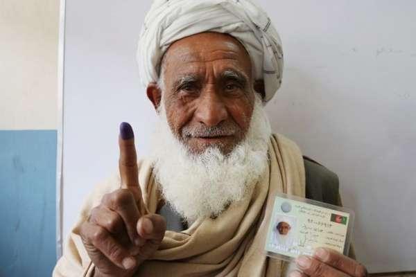 阿富汗大選 槍口下的民主與哀愁