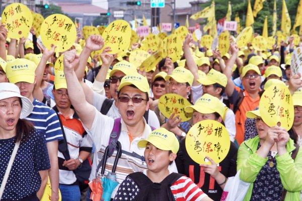 勞工大遊行點燃戰火 9大訴求向政府全面開戰