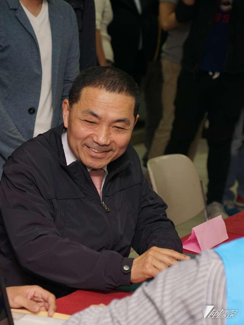 20180305-新北市前副市長侯友宜出席參選登記。(盧逸峰攝)