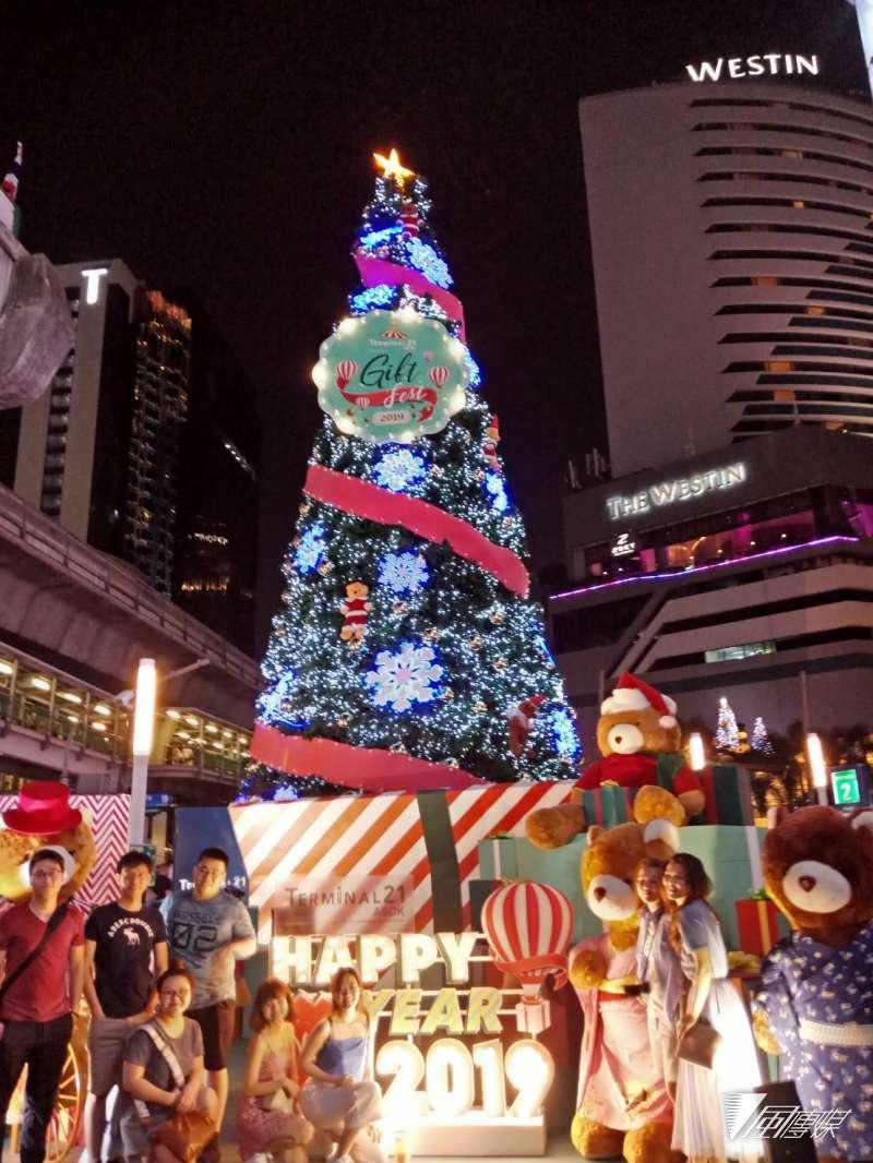 泰國曼谷的耶誕裝飾(廖綉玉攝)