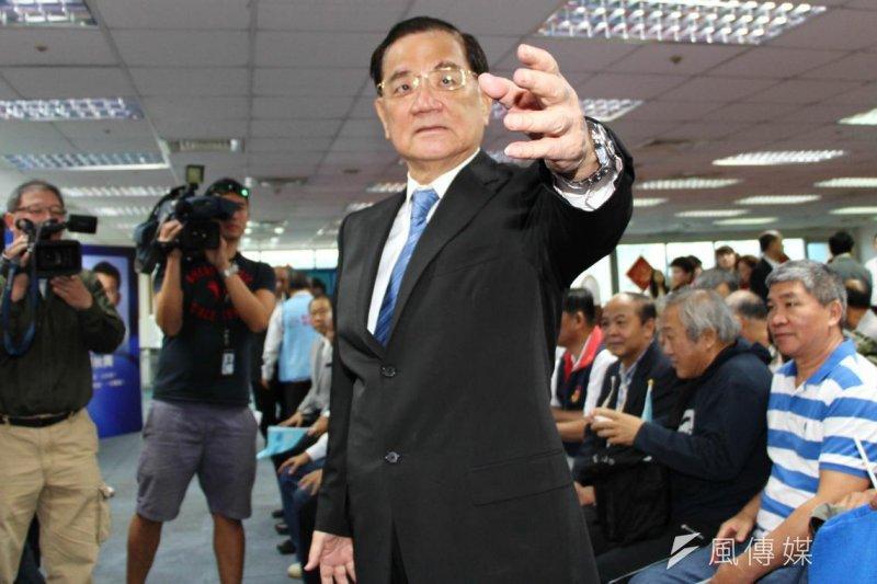 前副總統連戰準備出席北京紀念抗戰七十周年系列活動引發爭議。(資料照/葉信菉攝)