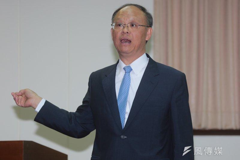 經濟部長鄧振中表示,工商團體並不是反對周休2日,只是希望能更有彈性。(資料照,余志偉攝)