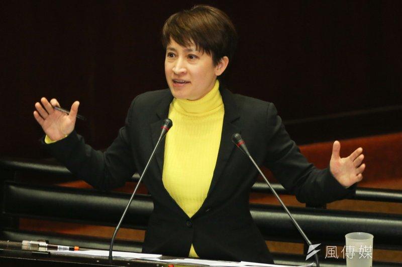 民進黨立委蕭美琴20日在立法院引用民調數據,表示多數國人贊成應該恢復徵兵制。(資料照片,余志偉攝)