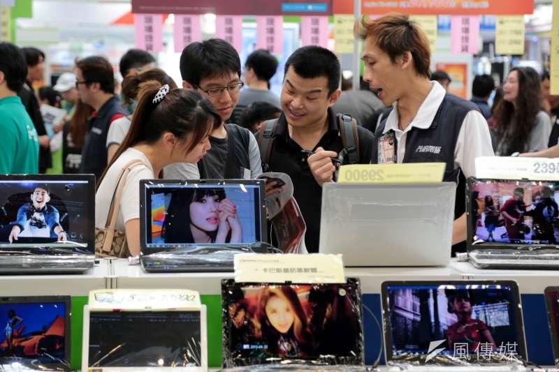 我國電腦製造業主要包括筆電、桌上型電腦、平板電腦、伺服器、工業電腦等產品,多以國際品牌代工為主。(資料照)