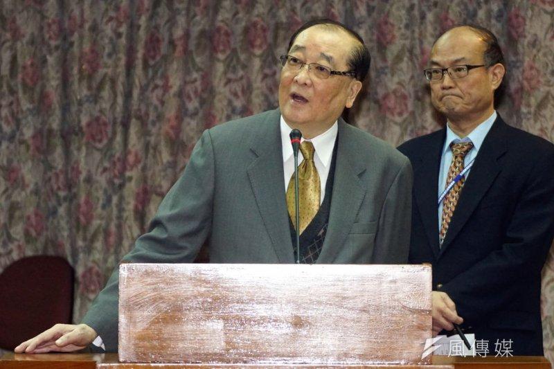 文化部長洪孟啟立法院備詢,對華山文創園區被批評表示,要「滾動式檢討」。(蘇仲泓攝)