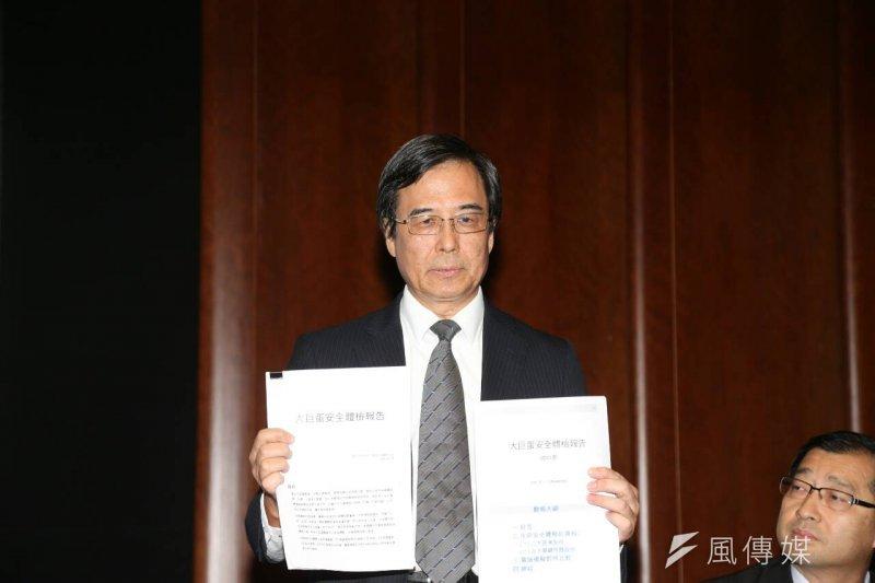 遠雄21日再召開記者會,圖為遠雄巨蛋公司總經理湯佳峯。(吳逸驊攝)
