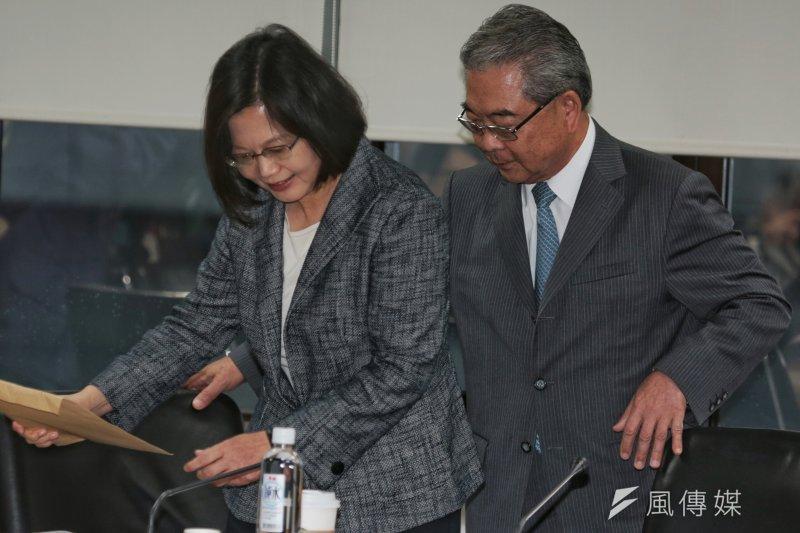 蔡英文拜會工總,工總理事長許勝雄(右)接待。(余志偉攝)