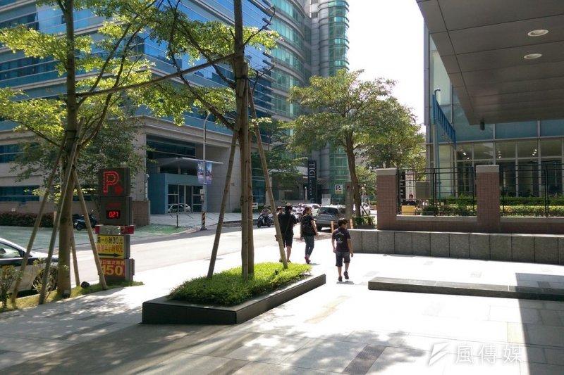 16日的台北,晴朗高溫。