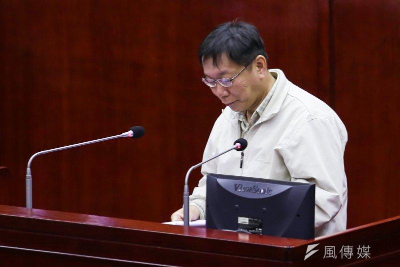 台北市長柯文哲18日上午前往市議會進行專案報告,關於12年國教的問題,柯承諾將於8月1日前將確定明年的高中入學方案。(資料照片,林韶安攝)