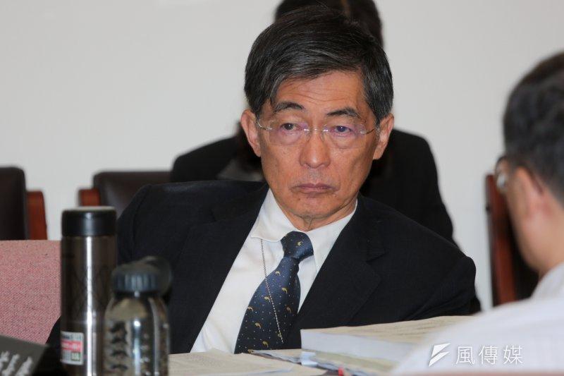 環保署長魏國彥3日飛往巴黎赴會,確定成為台灣第一位親身參加聯合國氣候高峰會的環保署長。(余志偉攝)