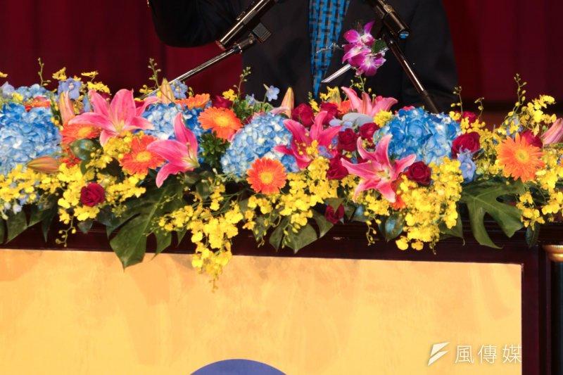 國民黨政策會執行長賴士葆表示,各項民調中,贊成「立法院恢復閣揆同意權」的將近7成。(資料照片,余志偉攝)