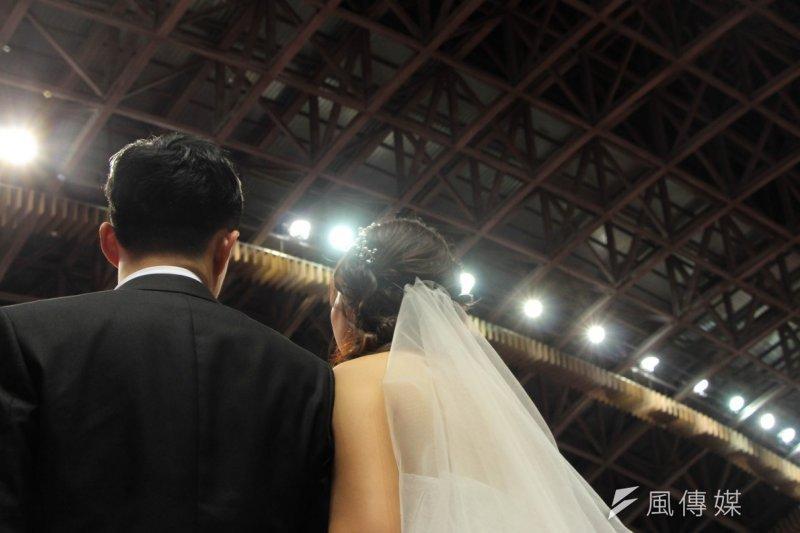 據統計,全國婚後有配偶並與父母同住者被稱為潛藏可獨立族群,人數逾106萬人,比率約21.40%。(資料照,葉信菉攝)