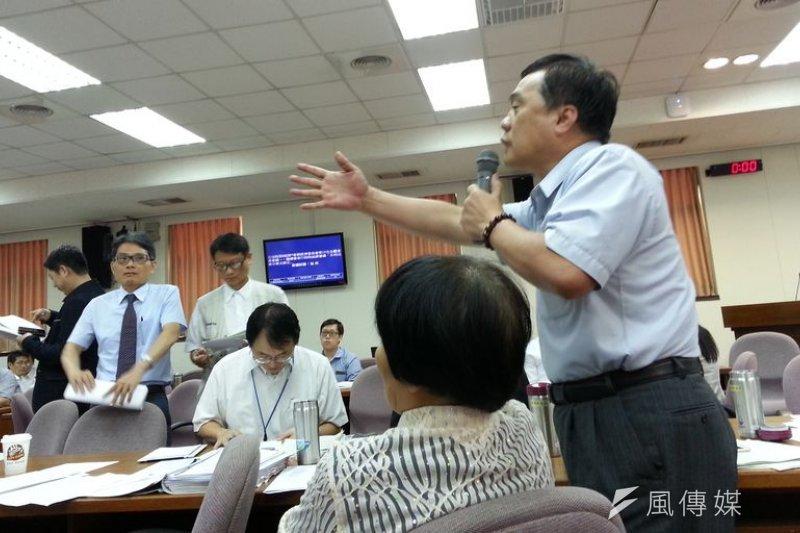 一個國民黨立委阻擋開徵耗水費,台灣的水資源改革誰要負責?(朱淑娟攝)