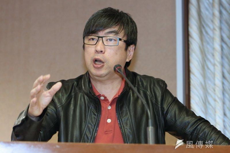 段宜康1日強調,台灣仍在執行死刑,但每當刑案發生後,廢死馬上被當作替罪羔羊,若只關注在兇手是否被槍決,反而讓政府擺脫了消弭犯罪的責任。(資料照片,吳逸驊攝)