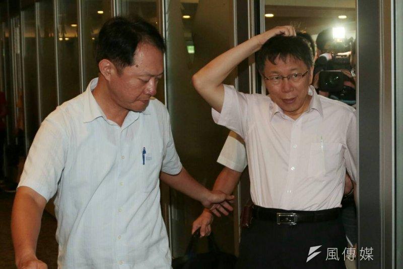 台北市政府要求大巨蛋限期改善今日截止,台北市長柯文哲今日不願多透露北市府方案。(資料照片,余志偉攝)