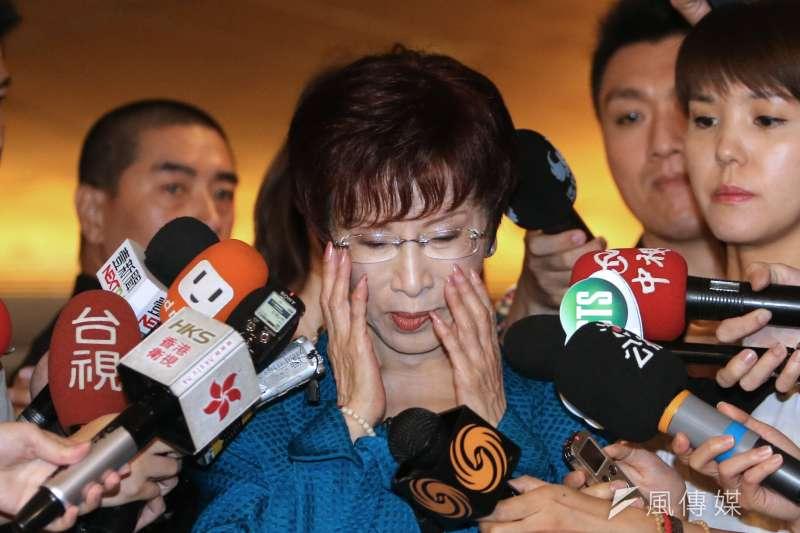 「亞洲女性國會議員會議」在臺北舉辦,洪秀柱發表演說後回應學歷問題。(吳逸驊攝)