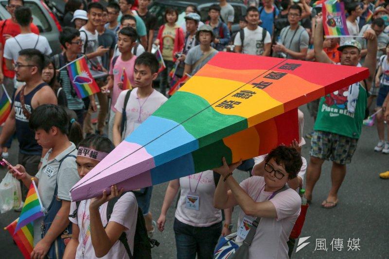 20150711-035-台灣伴侶權益推動聯盟「為婚姻平權而走」遊行-余志偉攝.jpg