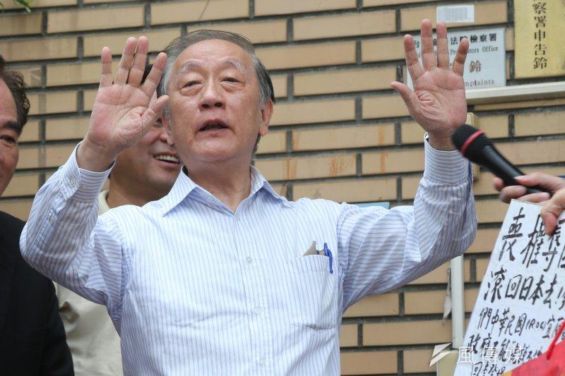 針對柯文哲在上海雙城論壇所提之「兩岸一家親」,新黨主席郁慕明表示,很開心柯文哲修正錯誤,柯的說法等於是在幫他伸冤。(吳逸驊攝)