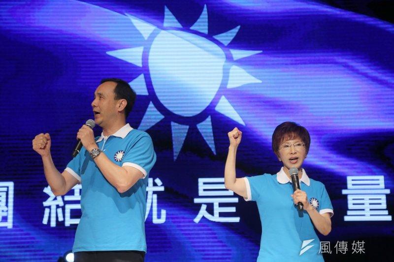 國民黨2016選戰已形成「洪(秀柱,右)拚總統、朱(立倫,左)穩立委」的分頭行事、雙頭馬車之局面。(資料照片,吳逸驊攝)