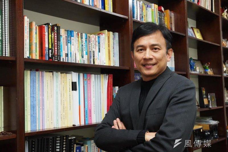 台大教授彭文正兼職主持政論節目,引起社會爭議。(資料照,吳逸驊攝)