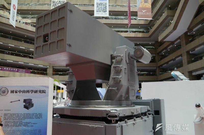 「台北國際航太暨國防工業展」中科院展示研製武器裝備項目中,具有短程反飛彈「海劍羚飛彈射系統」的概念設計,展現出創新與具有前瞻性的設計。(朱明攝)