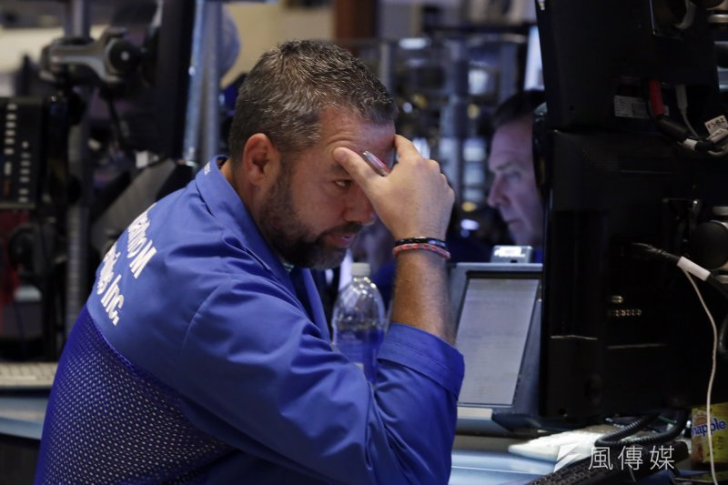 歐美股市狂洩。(美聯社)