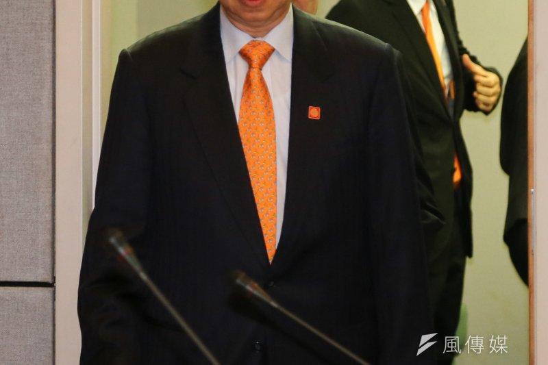 親民黨主席、總統參選人宋楚瑜19日受訪時表示,秘書長秦金生並未附和中共的扭曲史觀,故毋須負責。(余志偉攝)