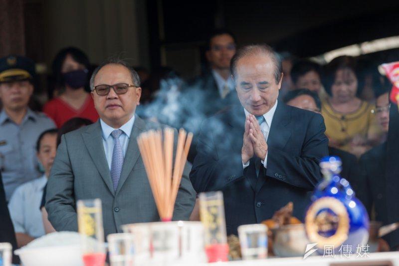 立法院長王金平帶領立法院舉行普渡儀式。(顏麟宇攝)