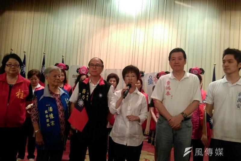 國民黨部3日邀集台北市立委提名人到場為洪秀柱加油,營造大團結氣氛,丁守中、蔣萬安、李彥秀、蔣乃辛、費鴻泰親自出席(周怡孜攝)