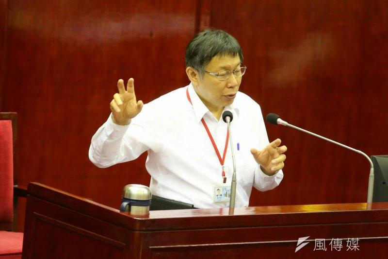 柯文哲30日上午赴台北市議會備詢。(陳明仁攝)