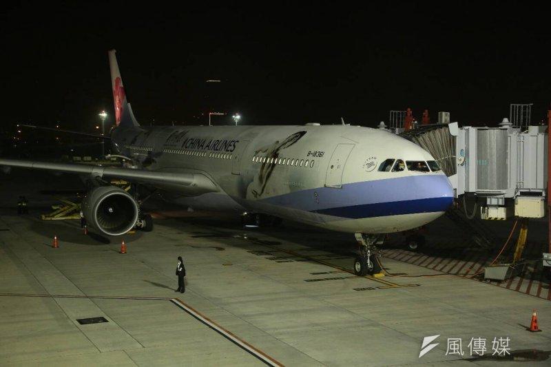 馬習會即將登場,馬英九總統7日清晨從松山機場啟程,總統專機(顏麟宇攝)