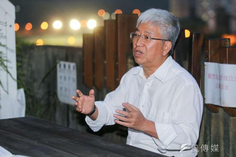 前台北市副市長張金鶚在今(26)日舉辦新書發表記者會,認為居住正義不該只是口號,要在落實之後變為真理。(資料照,陳明仁攝)